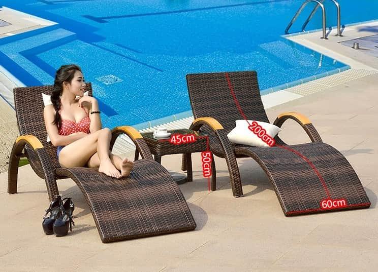 giường tắm nắng bể bơi